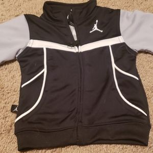 Boys Jordan 6-9 m zip up